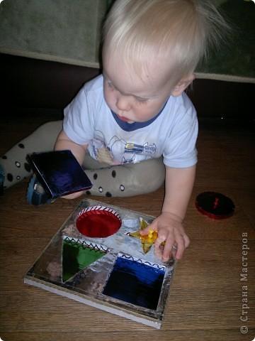 Вот решила сделать Егорке рамки-вкладыши) будем изучать цвета и геометрические фигуры фото 4