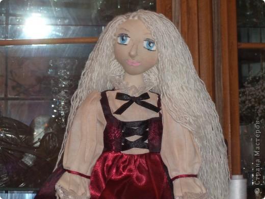 Куколка создавалась под впечатлением первой продажи . Куколка Лолита нашла свою хозяйку.Я очень рада!.Честно говоря, даже не думала продавать свои работы. Все предыдущие были подарены. фото 4
