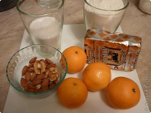 Сейчас как раз самый сезон мандаринов и это легкое печенье очень кстати.Можно его сделать и апельсиновым или лимонным- надо только заменить цедру.Времени на выпечку уйдет мало,получается рассыпчатое и очень ароматное.Попробуйте))) фото 2