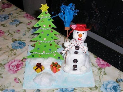 Всем здравствуйте! В школу нужны были поделки для новогодней выставки и вот мы решили сделать снеговиков. Вот что у нас получилось. фото 2