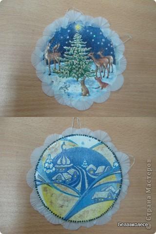 Вот и начал работу мой кружок по декорированию предметов в стиле декупаж!!! Первое занятие начали с декора дисков.наклеивание салфетки методом файла. фото 5