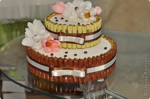 Тортик из конфет на день рождение начальницы! фото 1