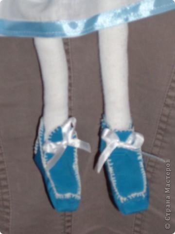 Куколка создавалась под впечатлением первой продажи . Куколка Лолита нашла свою хозяйку.Я очень рада!.Честно говоря, даже не думала продавать свои работы. Все предыдущие были подарены. фото 12