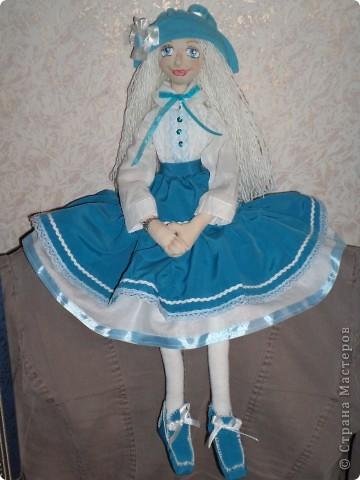 Куколка создавалась под впечатлением первой продажи . Куколка Лолита нашла свою хозяйку.Я очень рада!.Честно говоря, даже не думала продавать свои работы. Все предыдущие были подарены. фото 9