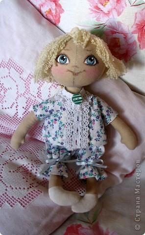 Малышка Иришка в пижамке.22 см. фото 1