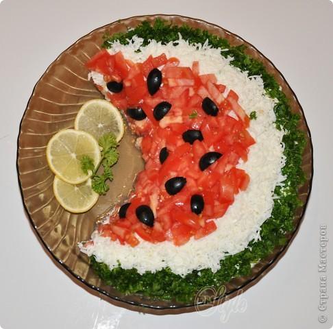 Рекламирую салат по рецепту Олеси https://stranamasterov.ru/node/273175?c=favorite - очень вкусный! и очень красиво смотрится на столе) Спасибо Олеся! Я только рис заменила картошкой и убрала морковь - не любят мои её)