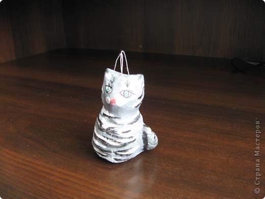 Выкладываю на ваш суд свои поделки из папье-маше. Это пасхальное яйцо заняло первое место на пасхальной церковной выставке. фото 4