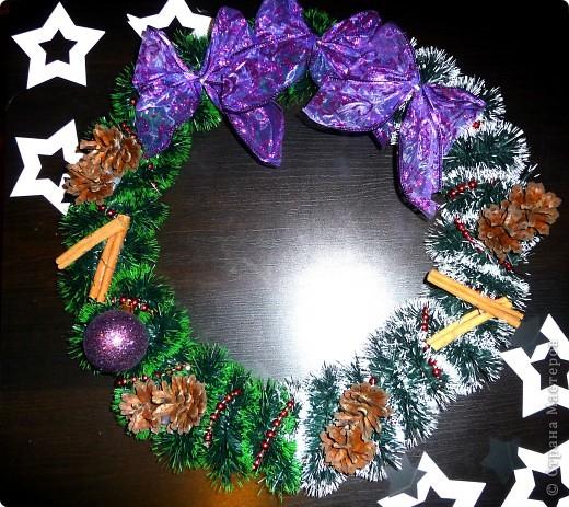 Новогоднее вдохновение.....давно хотела сделать веночек ну вот что получилось))))
