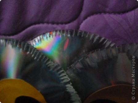 Здравствуйте! Я хочу показать вам, как я делаю сову из ненужных компакт-дисков. Начнём... фото 22
