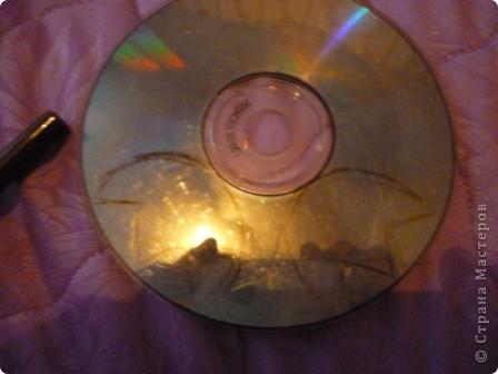 Здравствуйте! Я хочу показать вам, как я делаю сову из ненужных компакт-дисков. Начнём... фото 17