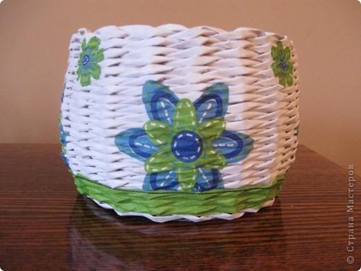 Здравствуйте! Это мои первые работы в технике плетения из бумажной лозы! фото 2