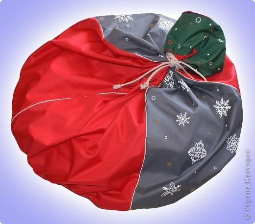 pufik s novogodney tematikoy! v vide meshka Santa klausa/deda Moroza.. фото 1
