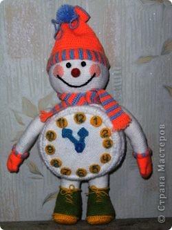 Вот такого снеговика связала я в предверии Нового года. фото 1