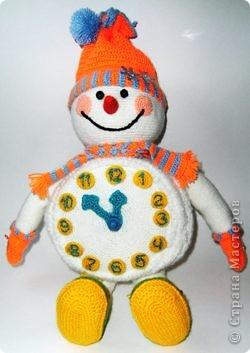 Вот такого снеговика связала я в предверии Нового года. фото 7