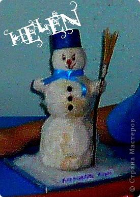 предновогодняя суета! как это здорово! вот ещё несколько идей для подарков и ёлочных украшений выставка снеговиков сделанных руками родителей и детей фото 3