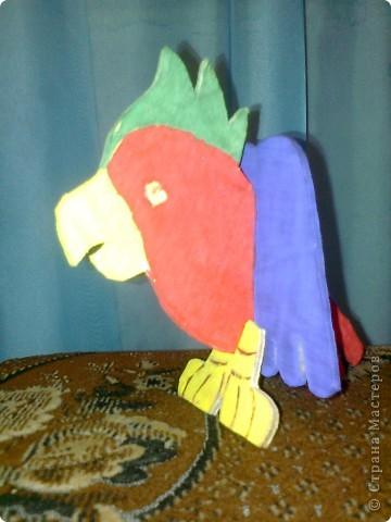 вот какой попугай у меня получился, почти как у пирата Флинта!!!!!