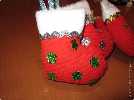 Валеночек для подарков. Большой. Апликация из вафельной ткани, с новогодней тематикой. фото 5