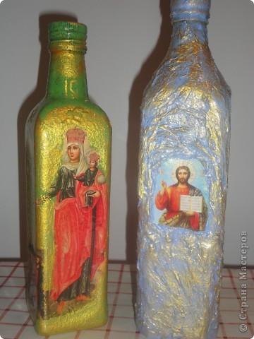 вот и мои бутылочки а подарок к рождеству.Картинки брала из церковных календарей фото 1