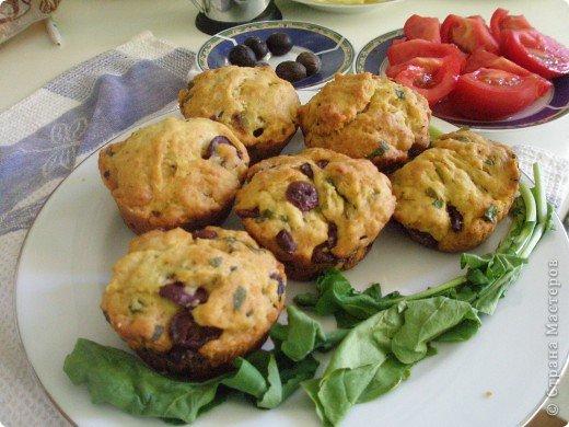 Закусочные маффинсы (или пирог) с оливками без яиц