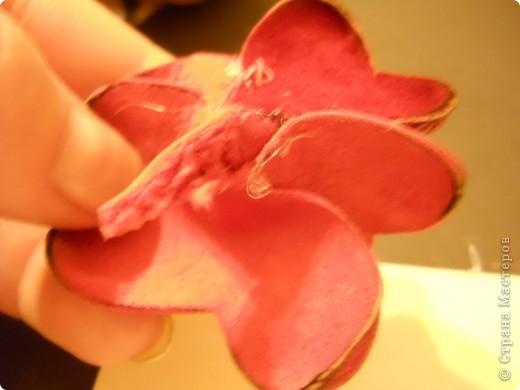 Предлагаю Вам попробовать сделать вот такую розу из кожи. фото 16