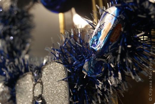 Рождественский венок на вешалке фото 3