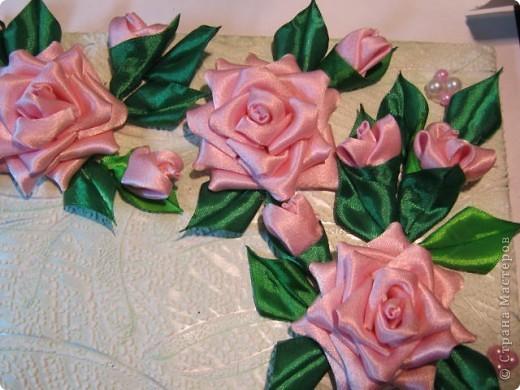 """Дорогая Страна, хочу показать Вам розы, а сделала я их для веночка в к иконе"""" Неувядаемый цвет"""", она спасает от страшной болезни- рак. Привезена она одной женщиной из Ерусалима и находится у нас в храме. Работа очень ответственная и волнительная, все переживала, справлюсь ли. фото 1"""