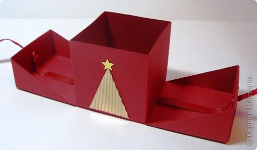 Коробочки для небольшого подарка. Можно повесить на елку размер кубика 7 на 7 см. МК http://whiffofjoy.blogspot.com/2010/07/baby-gift-box-by-inge-groot.html фото 3