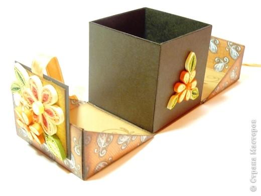 Коробочки для небольшого подарка. Можно повесить на елку размер кубика 7 на 7 см. МК http://whiffofjoy.blogspot.com/2010/07/baby-gift-box-by-inge-groot.html фото 11