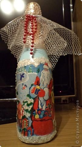 Вот такие бутылочки надекупажила- пытаюсь, дорогие мастерицы, за Вами повторюшничать. фото 7