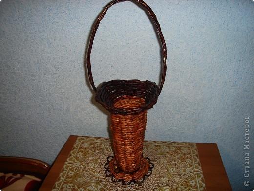 это цилинр,обклееный трубочками,украшен мираблисом и пайетками в тон фото 3