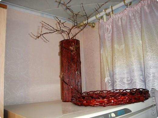 это цилинр,обклееный трубочками,украшен мираблисом и пайетками в тон фото 1
