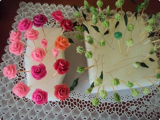отливка из гипса украшенная розами из холодного фарфора фото 5