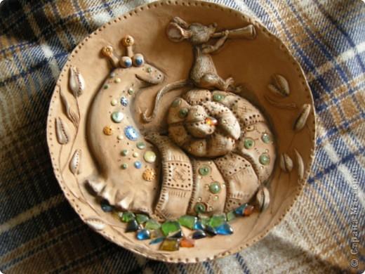 Птица Сирин.  Солёное тесто, гуашь, золото(акрил),ткань, оргалит, клей. фото 5