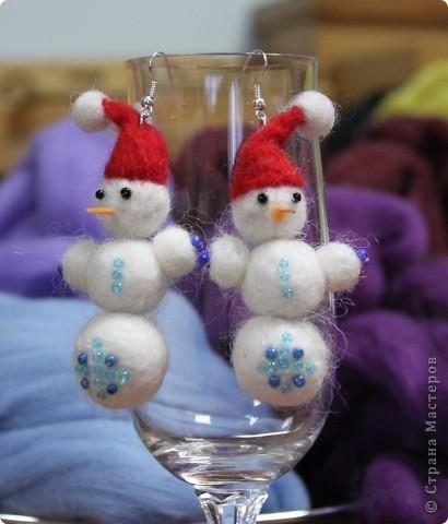 """В прошлую субботу я проводила мастер класс для родителей и коллег. Все были в восторге от сережек """"Снеговички"""" и решили что на этом МК будут делать именно снеговиков."""