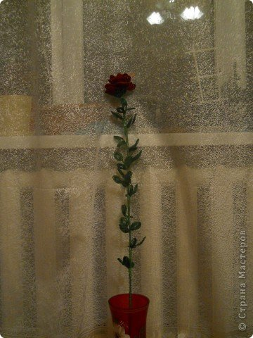 Роза метровая из бисера фото 2