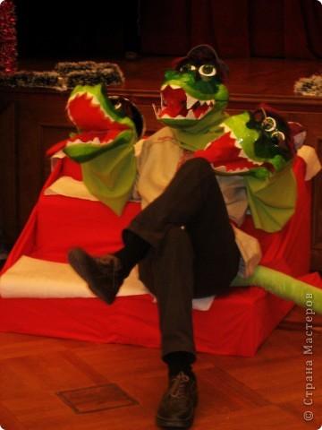 2012 Новый год - год Дракона. вот такой костюм для выступления был мной сделан к самому лучшему празднику - Новому году. фото 1