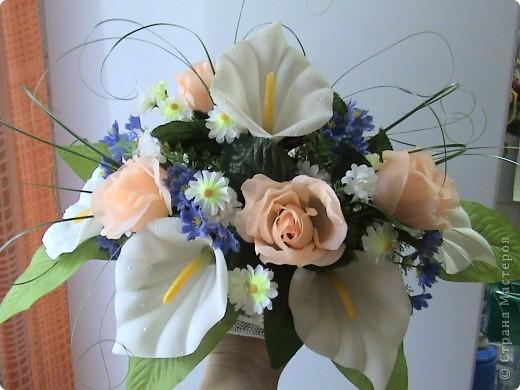 Композиции из кал, васильков, гербер, маков, роз..... фото 12