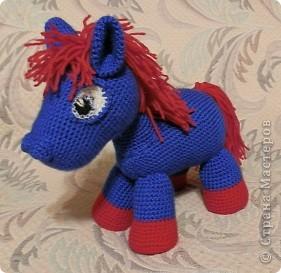 Игрушка Вязание Вязание крючком Две вязаные лошадки Нитки фото 1
