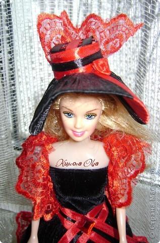 Вот эта куколка мне нравится своим шоколадным платьем и кремовыми кружевами фото 14