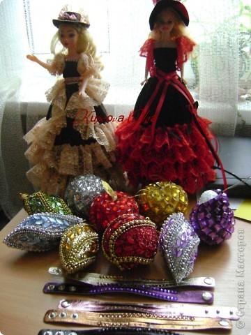 Вот эта куколка мне нравится своим шоколадным платьем и кремовыми кружевами фото 22