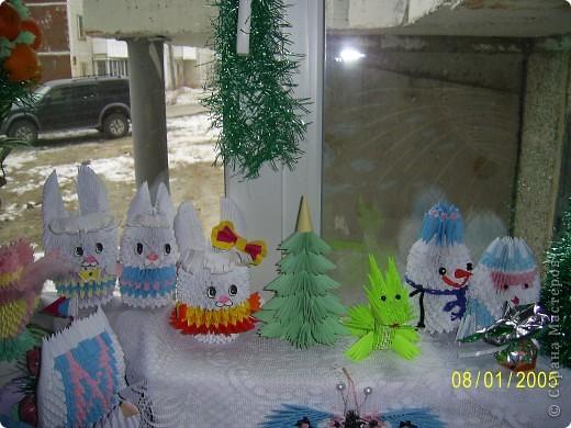 Решила вот как украсить подоконник в детской на Новый год. Собрала все свои поделки и вот что получилось. Спасибо всем мастерицам страны за поделки и мк. фото 3
