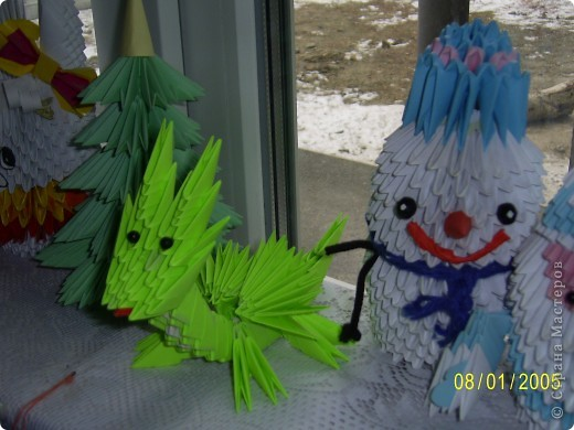 Решила вот как украсить подоконник в детской на Новый год. Собрала все свои поделки и вот что получилось. Спасибо всем мастерицам страны за поделки и мк. фото 4