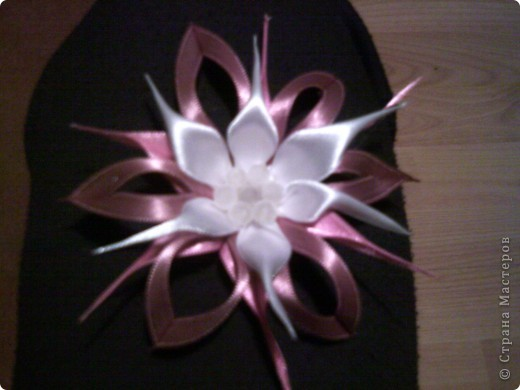 цвете брошка