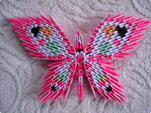 Вот ещё мои бабочки-магнитики. Остановилась на такой форме, только меняю цвет и немного рисунок на крылышках. Идёт полным ходом заготовка подарков-сувенирчиков к 8 марта моим подругам и родным, даже заказывают цвет. Советую перенять идею! фото 4