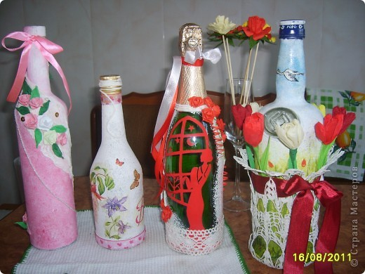 Украшаем бутылочки фото 9