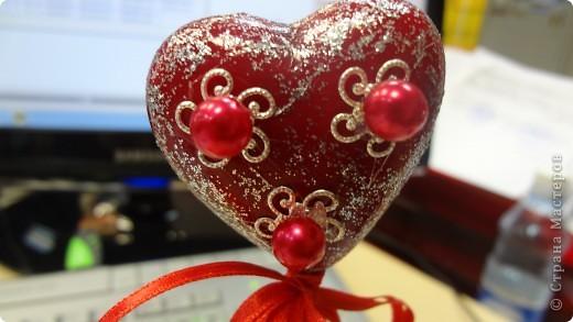 """Вот и мои """"валентинки"""". Делала колегам в подарок на одном дыхании за ночь. Подарены были утром. Все сфотографировать не успела. Поэтому пришлось снимать каждую уже на рабочих столах. фото 2"""