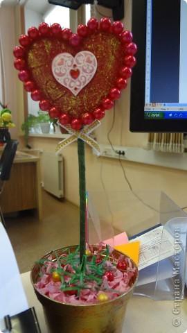 """Вот и мои """"валентинки"""". Делала колегам в подарок на одном дыхании за ночь. Подарены были утром. Все сфотографировать не успела. Поэтому пришлось снимать каждую уже на рабочих столах. фото 13"""