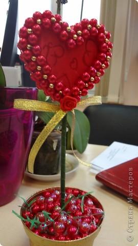 """Вот и мои """"валентинки"""". Делала колегам в подарок на одном дыхании за ночь. Подарены были утром. Все сфотографировать не успела. Поэтому пришлось снимать каждую уже на рабочих столах. фото 15"""