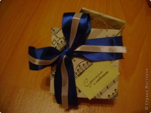 Верх коробочки с подарком. Подружка попросила украсить. фото 10