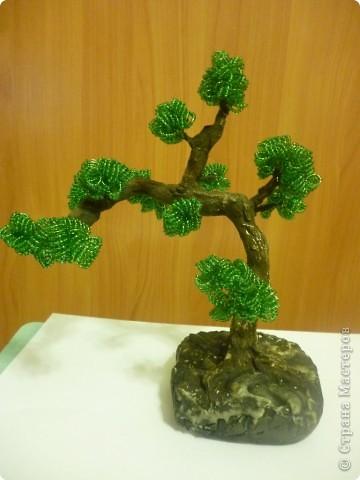 Это моё первое дерево из бисера. фото 1